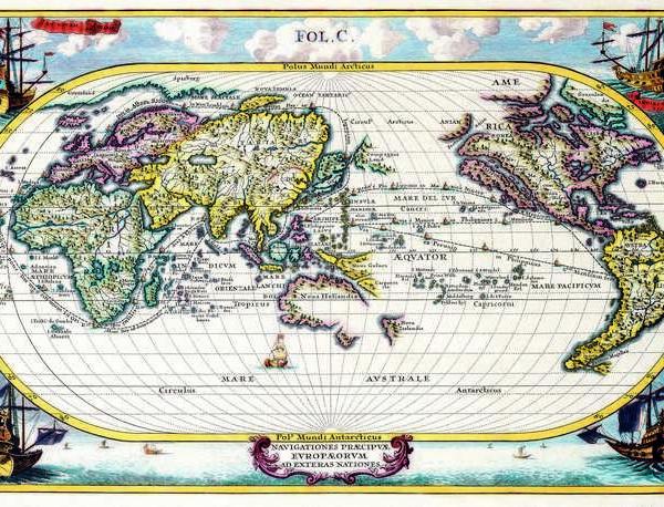 022 Старинные карты мира