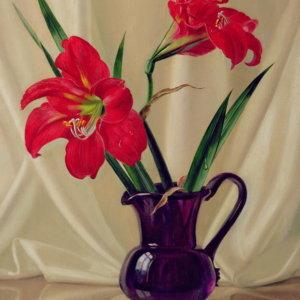 Амариллис лилии, в темном стеклянном кувшине - Альберт Вильямс